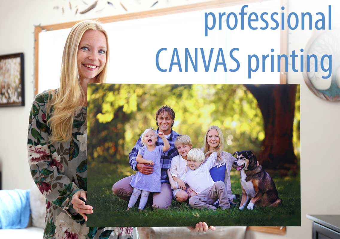 Upload and print your photos on canvas.